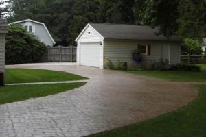 Cobblestone Stenciled Concrete Driveway